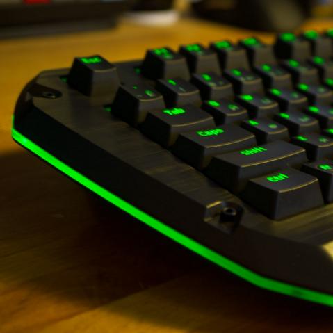 Как включать компьютер с помощью клавиатуры?
